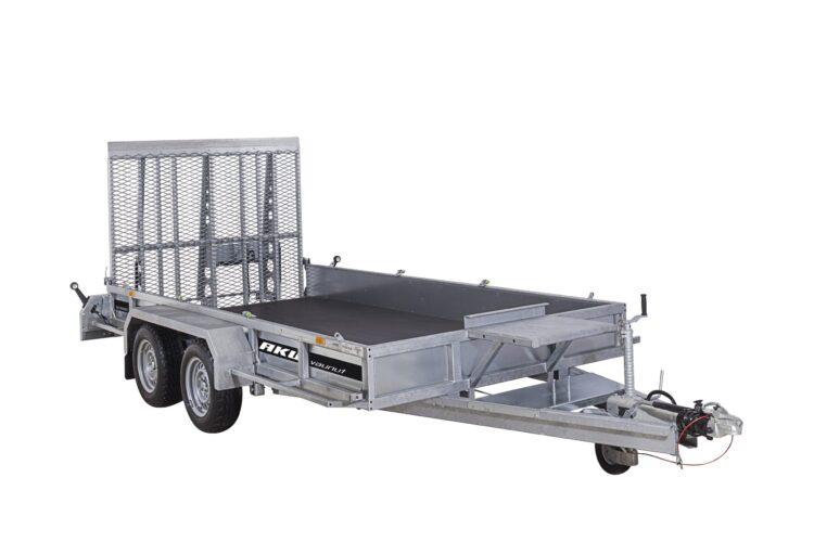 Lehtijousitettu koneenkuljetusvaunu kantaa narisematta esimerkiksi 2700kg painavan kaivinkoneen tai saksinosturin